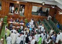 मंत्री रामसूरत राय को बर्खास्त करने की मांग पर विधान सभा में हंगामा, राजभवन तक गए तेजस्वी